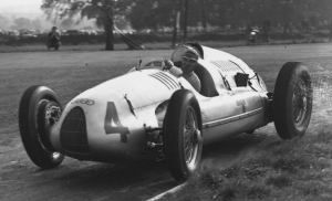 Tazio Nuvolari on his way to victory at Donington Park in 1938