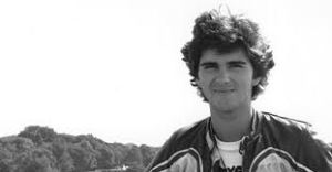 A very freshfaced Damon Hill (I was definitely young at this point in time!)