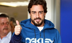 Fernando Alonso leaves hospital in Barcelona